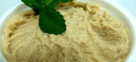 Deliciosa pasta de grão de bico com tahine