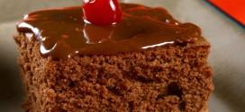 Receita – Bolo de chocolate com cobertura