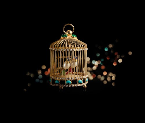 chanel-holiday-golden-cage
