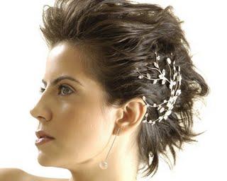 Vídeos de penteados para cabelos curtos http://www.cantinhojutavares.com