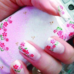 unhas-decoradas-flor-rosa