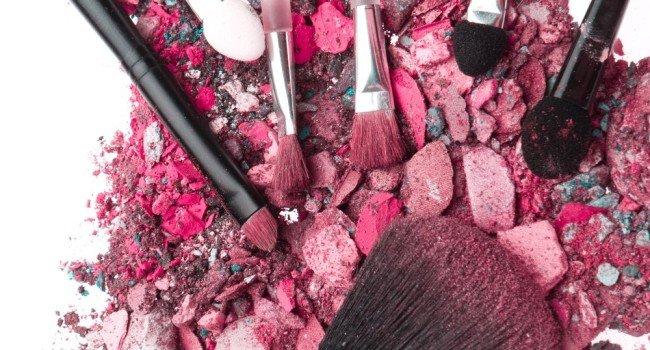 maquiagem-quebrada-como-consertar