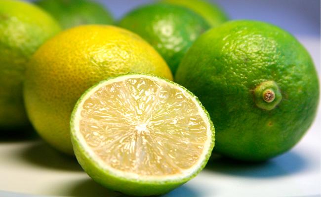 como usar o limão no cabelo