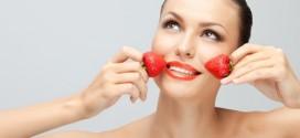 Máscara caseira antioxidante de Morango