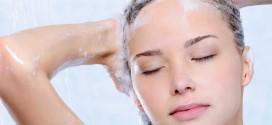 Lavar os cabelos todos os dias faz mal?