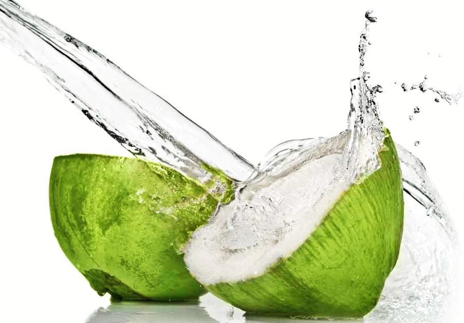 receita-de-hidratacao-com-agua-de-coco