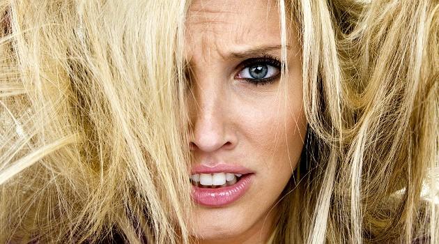 7 erros comuns que detonam a saúde do cabelo