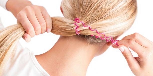 cabelo preso com elastico